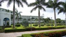 Riu Palace是5角刑的建築物,海景的房間多了許多!