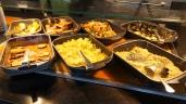 淡菜、豬排,馬鈴薯、烤青菜