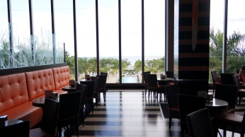 """這就是白天的大廳咖啡廳""""Capuchino"""""""