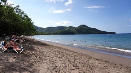 雖然不是超級漂亮的沙灘啦~