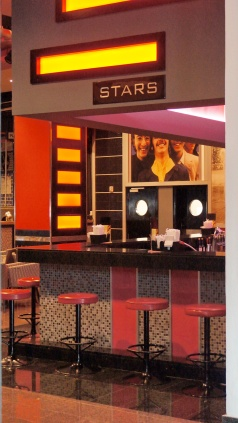 Riu Palace的Star酒吧