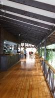 開放式空間跟木頭地板裝潢~