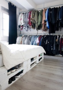 PALLET-BED-OFFERING-STORAGE-SPACE